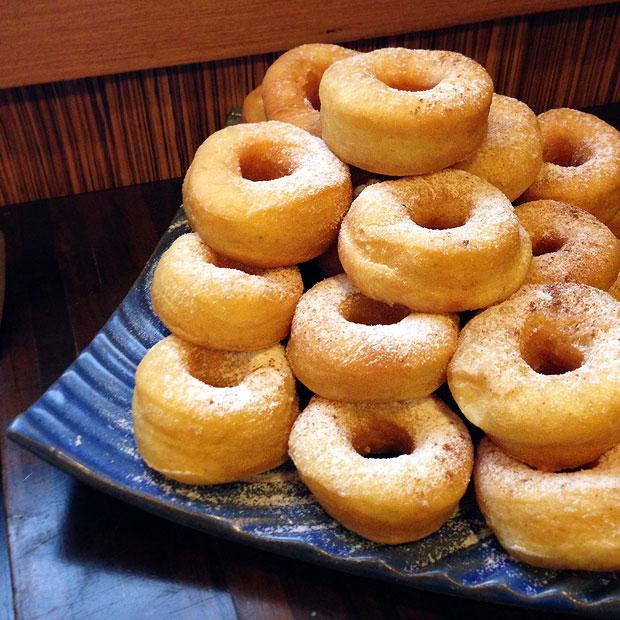 bon14-donuts