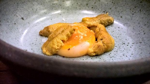 tuj15-huevo