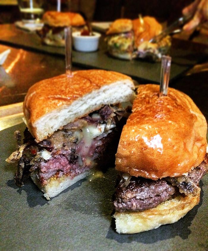 bar16-burger