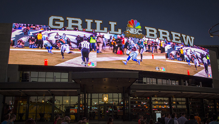 34_NBC-Sports-Grill-&-Brew-Exterior