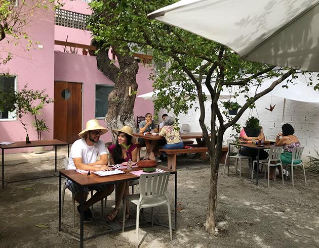 Restaurante Cá-Já no Recife, que serve comida brasileira contemporânea
